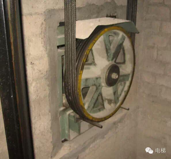 电梯主机更换曳引轮的工艺与流程